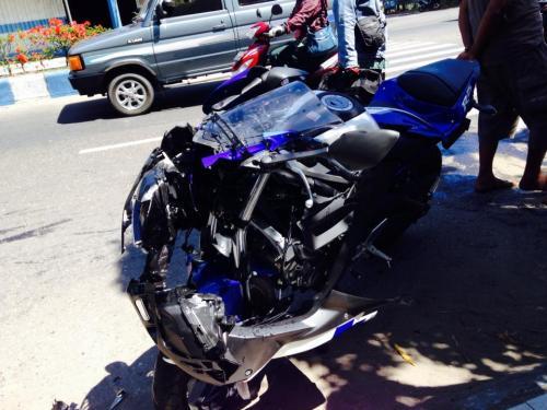 kecelakaan yamaha r25