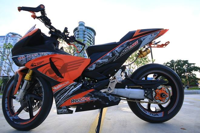 Bergaya Sport Fighter Jupiter MX King Yang Satu Ini Bakal