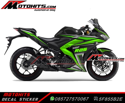 Yamaha R25 black green